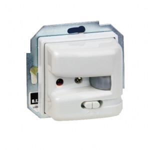 Выключатель-детектор движения до 1000Вт (лампы накал., галоген., флуоресцент.), таймер 4 с- 10 мин 82341-30